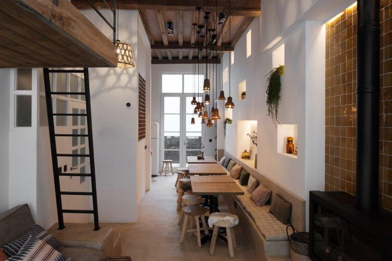 Gezellige eetruimte Vakantiehuis te huur Antwerpen Lange Riddersstraat 77 | ZaligInAntwerpen.be